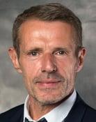 Lambert Wilson (Yves Massarde)