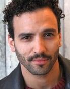 Marwan Kenzari (Malik)