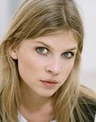 Clémence Poésy (Barbara)