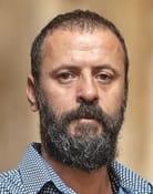 Ali Suliman (Omar Sadiki)