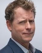 Greg Kinnear (Dean Geoff Talbot)