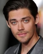 Tom Payne (Malcolm Bright)