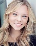 Taylor Hickson (Raelle Collar)
