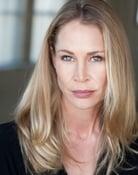 Kathleen Kinmont (Kelly Meeker)