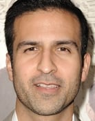 Saad Siddiqui (Dr. Neil Sharma)