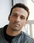 Ari'el Stachel (Sean)