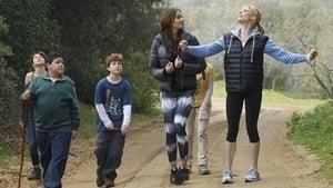 Modern Family, Season 2 - Mother's Day image