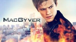 MacGyver, Season 5 image 2