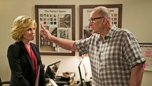 Modern Family, Season 7 - Double Click image