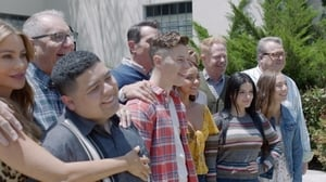 Modern Family, The Complete Series - A Modern Farewell image