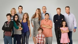 Modern Family, Season 10 images
