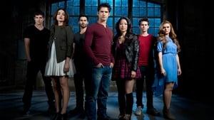 Teen Wolf, Season 1 image 3