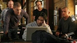 Prison Break, Season 4 - Breaking & Entering image
