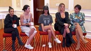 Keeping Up With the Kardashians, Season 14 - Press Pass image