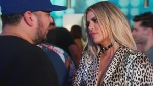 Keeping Up With the Kardashians, Season 12 - Love at First Fight image