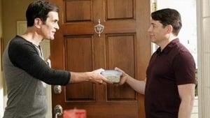 Modern Family, Season 4 - Mistery Date image