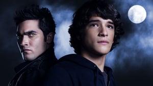 Teen Wolf, Season 1 image 2
