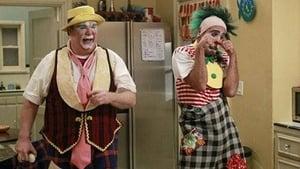 Modern Family, Season 3 - Send Out the Clowns image