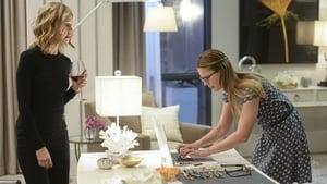 Supergirl, Season 1 - Livewire image