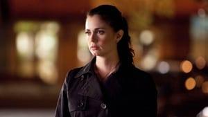 The Vampire Diaries, Season 1 - Isobel image
