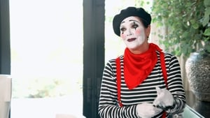 Keeping Up With the Kardashians, Season 14 - Mime Over Matter image