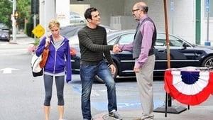 Modern Family, Season 3 - Hit and Run image