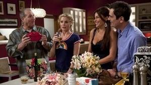 Modern Family, Season 2 - The One That Got Away image