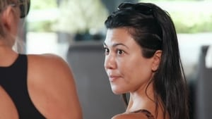 Keeping Up With the Kardashians, Season 16 - Eat, Pray, Fight image
