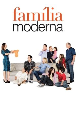 Modern Family, Season 4 poster 0