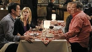 Modern Family, Season 3 - Aunt Mommy image