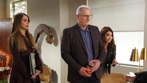 Modern Family, Season 9 - CHiPs and Salsa image