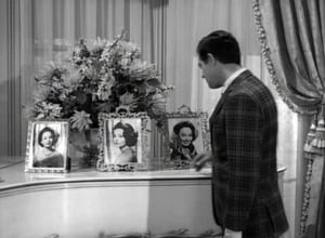 The Twilight Zone (Classic), Season 5 - Queen of the Nile image