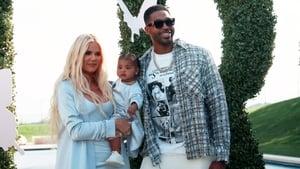 Keeping Up With the Kardashians, Season 17 - Birthdays and Bad News, Part 1 image