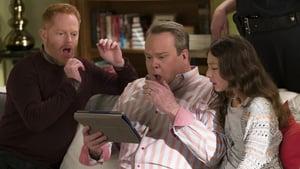 Modern Family, Season 8 - Finding Fizbo image